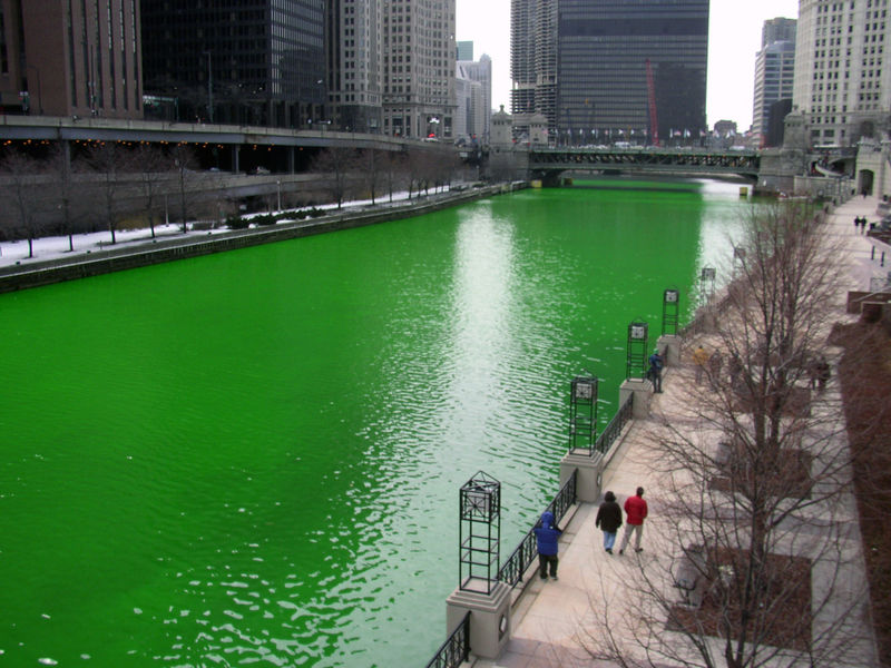 chicago-river-dyed-green.jpg