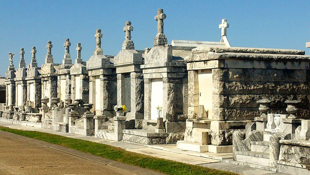 New Orleans Cemetery Tour For Kids