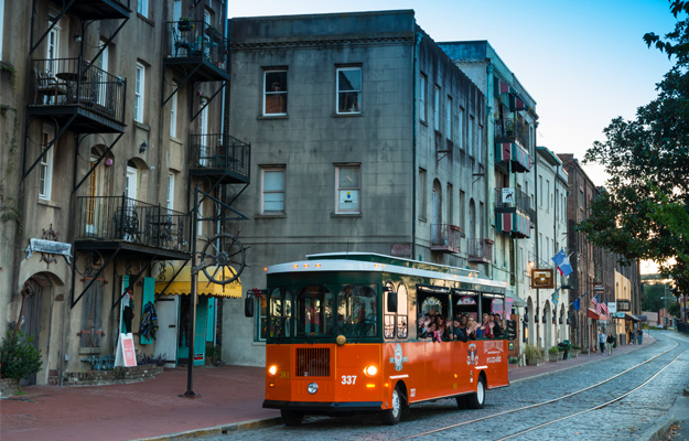 Trolley Tours at Savannah's River Street