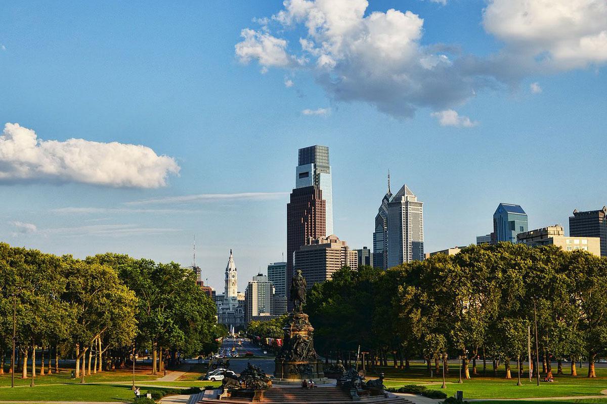 philadelphia-skyline-daytime