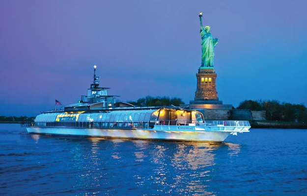 New York Bateaux Dinner Cruise